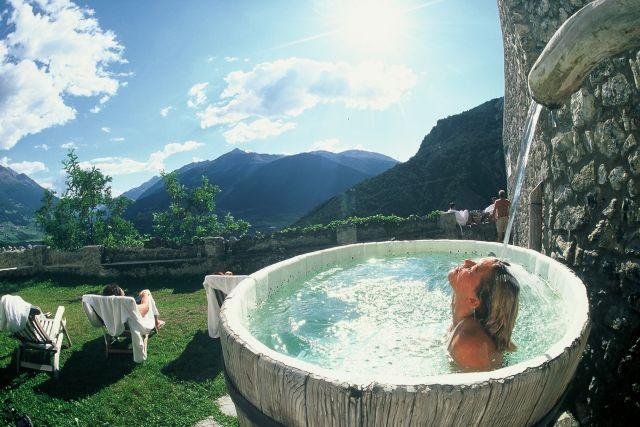 bagni di bormio spa resort ripropone dal i secolo ac la cultura e la filosofia propria delle terme romane luogo di benessere piacere aggregazione